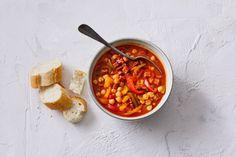 Kijk wat een lekker recept ik heb gevonden op Allerhande! Spaanse maaltijdsoep met chorizo