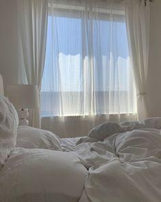 Baby Blue Aesthetic, Aesthetic Room Decor, White Aesthetic, Dream Rooms, Dream Bedroom, Room Ideas Bedroom, Bedroom Decor, Bedroom Bed, Study Room Decor