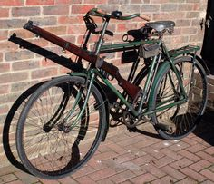 RIFLE MOUNTS ON 1942 BSA MK V MILITARY BICYCLE