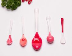 Can the shape, texture and colour of cutlery change the way food tastes? Design Academy Eindhoven graduate Jinhyun Jeon created this set of knobbly, bulbous and serrated cutlery to stimulate diners' full range of senses at the table