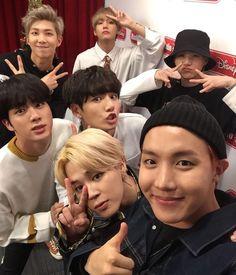From most fair to most tan: Yoongi> Jimin> Jin> Jungkook> Jhope> Namjoon> Taehyung If we based it on fenty foundation shades lmao. Yoongi, Jimin, Jin and Jungkook are in the and Jhope, Namjoon & Tae are in the Their Fenty shades: (I'm g. Foto Bts, Bts Selca, Bts Bangtan Boy, Jimin Jungkook, Billboard Music Awards, Bts Boys, K Pop, Park Jimim, Hipster Vintage