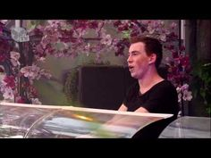Tomorrowland 2013 - Hardwell......seeing one of his shoes on my bucket list <3