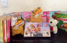 Vintage Garfield Comic and Toy Collection -