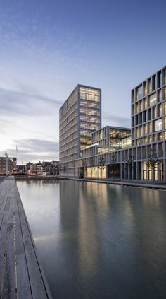 C. F. Møller. BESTSELLER, OFFICE COMPLEX, Aarhus, Denmark.Офисный комплекс компании Bestseller © Adam Mørk