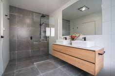 Laundry In Bathroom, Upstairs Bathrooms, Bathroom Styling, Chic Bathrooms, Bathroom Vanity, Modern Bathroom, Bathroom Renovations, Bathroom Inspiration, Tile Bathroom