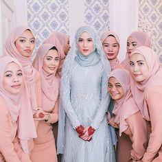 Its time for posts. Bridal Hijab, Hijab Bride, Wedding Hijab, Wedding Attire, Wedding Bride, Wedding Goals, Wedding Planning, Muslimah Wedding Dress, Muslim Wedding Dresses