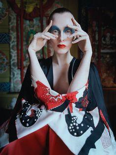Smile: Karen Elson in Vogue UK May 2015 by Tim Walker