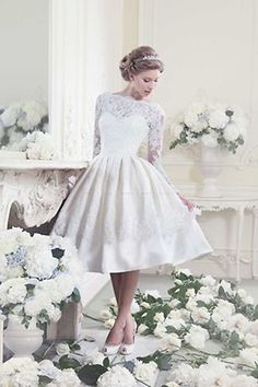 I would love to have this as a second dress for swing dancing at the reception!