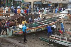 Photos. Sénégal: Ville coloniale, Saint-Louis quai de pêche.