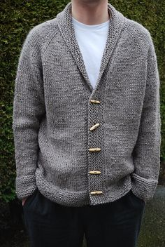 Sophisticate pattern by Linden Down – Knitting patterns, knitting designs, knitting for beginners. Mens Knitted Cardigan, Sweater Knitting Patterns, Cardigan Pattern, Knit Patterns, Hand Knitting, Mens Knit Sweater Pattern, Men Sweater, Crochet Men, Baby Pullover