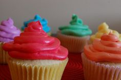 Boozy Fruit Loops Cupcakes!! with Loopy vodka and RumChata