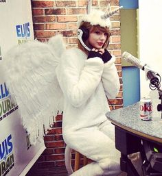 Taylor Swift ♥ she really is a Unicorn Pegasus