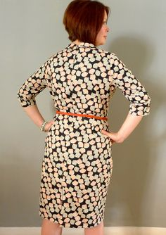 Hurrah, hurrah and thrice hurrah! I have finished sewing my Sew Over It Joan Dress, made from Liberty tana lawn and fully lined in a combination of silk (bodice) and polka dot synthetic (skirt section). Joan Holloway, Sew Over It, Man Icon, Vintage Inspired, Bodice, Sewing Patterns, Dress Sewing, Silk, Rear View