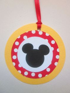Mickey Mouse Favor Tags...reminds of the tags we had for D's 1st bday!