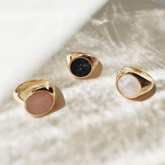 Rings with Lapis, Mother of Pearl or Pink Opal Pink Opal, Pearl Ring, Messing, Gemstone Rings, Rings For Men, Pearls, Jewelry, Moonstone Ring, Rings