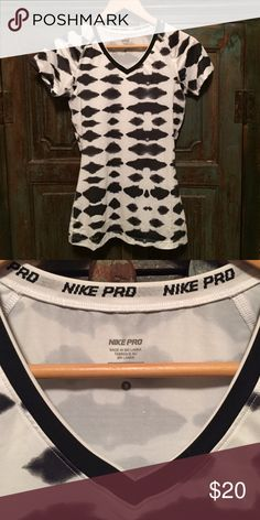 Nike pro workout top EUC black and white without shirt , never worn size small , Nike pro.. Please use offer feature to negotiate on my pricing Nike Other