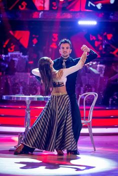 Strictly Come Dancing 2015 - Week 4 - Peter and Janette