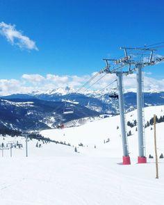 Aurinkoista viikkoa Coloradosta! Sunnuntaille on lupailtu kevään ensimmäistä hellepäivää (26) tänne preerialle mutta reilu kilometri ylempänä vuorilla vielä lunta riittää. (via Instagram)