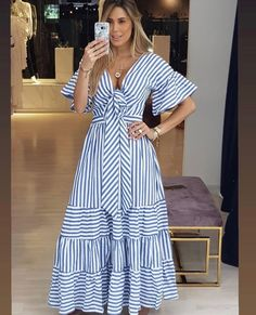 Outfits ideas & inspiration : Now I will share some ideas of striped dresses to wear in spring, striped dresses and bows to wear in spring, striped dresses and belt to wear in spring, Casual Dresses, Fashion Dresses, Summer Dresses, Formal Dresses, Look Fashion, Womens Fashion, Fashion Design, African Dress, Striped Dress