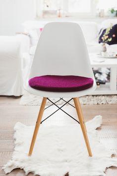 Neue Sitzkissen Im Etsyshop, Pomponetti Interieur, Eamescushion,  Eameskissen · Panton ChairSeat CushionsPantone EAMES ...