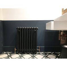 This elegant bathroom redesign using our Traditional 3 column cast iron radiator in the Matt Black finish and the Bentley Traditional TRV valves in the 'on trend' Antique Copper Black Radiators, Column Radiators, Cast Iron Radiators, Modern Radiators, Horizontal Radiators, Bathroom Design Software, Modern Bathroom Design, Bathroom Interior Design, Modern Bathrooms
