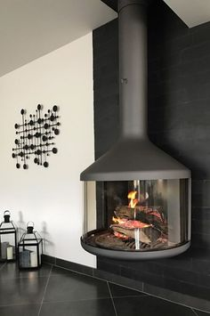 Home & DIY fireplace improvements fireplace ideas. 🔥 👷♀️🔨📏🔧👷♂️🛠📐 ideas log burner Home Fireplace Idea🔥 Brick Fireplace Log Burner, Wood Mantle Fireplace, Hanging Fireplace, Modern Fireplace, Fireplace Mantle, Fireplace Design, Fireplace Ideas, Modern Wood Burning Stoves, Casas Containers