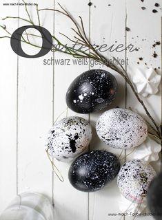 Ostereier bemalen, mit Zahnbürste und Farbe. Kleine Anleitung wie ich schnell und einfach Eier bemalen könnt #ostern #eastern #eier #diy Easter Eggs, Blog, Crafts, Art, Tutorials, Colors, Ideas, Art Background, Manualidades