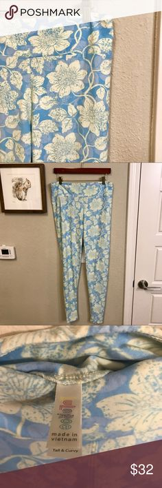 LuLaRoe Tall and Curvy leggings blue and yellow Good preowned condition. Blue and yellow design LuLaRoe Tall and Curvy leggings. Super soft. Please let me know if you have any questions! LuLaRoe Pants Leggings