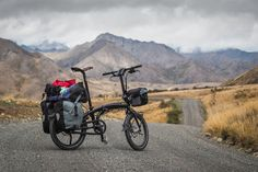 The Tern Verge S27h 20-inch wheeled folding bike on the Molesworth Muster Trail, New Zealand