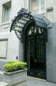 Puerta de Buenos Aires. Argentina Cool door way.