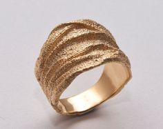 ツイッグ結婚指輪  14k ゴールドリング イエローゴールド 結婚リング 男性用指輪 アールヌーボー by doronmerav