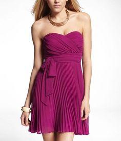 WOMEN EXPRESS STRAPLESS PLEATED DRESS Size 6 NEW