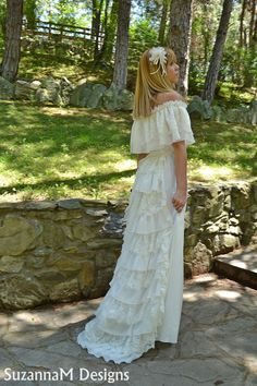Lace Ivory Wedding Dress Vintage Bohemian Gown  by SuzannaMDesigns, €485.51
