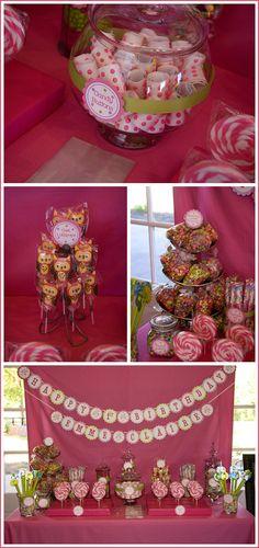 lollipops (http://emmeclaire.blogspot.com/2010/04/emme-claires-1st-birthday-party.html)