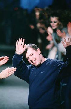 1997-98 - Alexander McQueen show - Final