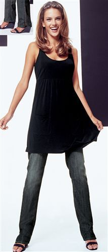 Pinafore dress over jeans with flip-flops. Heaven.