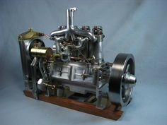 1918 Holt/Cat engine