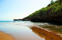 PERGIPEDIA  - Pantai Baron Gunung Kidul, Kisah Orang Bule Sakti Dan Mercusuar Yang Tinggi . Pantai Baron  adalah merupakan salah satu de...