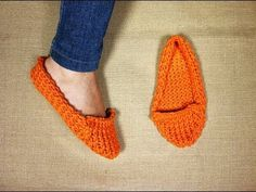 How to Loom Knit Slippers (DIY Tutorial) - YouTube