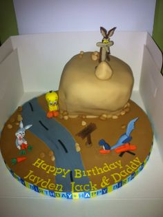 Looney Tunes Birthday Cake by someone not me.