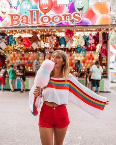 Choosing Your Fashion Photography School – PhotoTakes Carnival Photography, Fair Photography, Tumblr Photography, Creative Photography, Portrait Photography, Fashion Photography, Summer Photography Instagram, Festival Photography, Pinterest Instagram