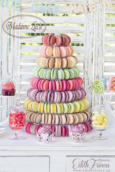 Macarons Tower