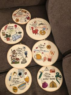 A community for hand and machine embroiderers to exchange tips, techniques, resources, and ideas. Embroidery Hoop Art, Hand Embroidery Designs, Cross Stitch Embroidery, Embroidery Patterns, Stitch Patterns, Harry Potter Theme, Harry Potter Diy, Harry Potter Fabric, Harry Potter Quilt