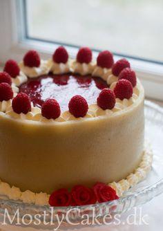 Mortens fødselsdag 16 Cake Recipes, Dessert Recipes, Danish Food, Danishes, No Bake Cake, Food Inspiration, Cake Decorating, Sweet Tooth, Cheesecake
