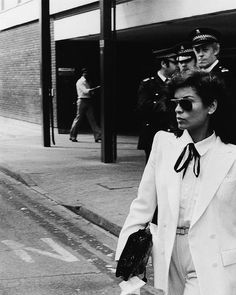 Bianca Jagger, best ever wearer of white tuxedos. Pictured in the Tomboy Fashion, 70s Fashion, Womens Fashion, Fashion Trends, Style Icons Inspiration, Wearing A Tuxedo, 70s Inspired Fashion, Jean Shrimpton, Bianca Jagger