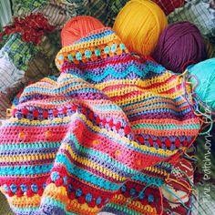 The Patchwork Heart: Carnival Colours Crochet Home, Love Crochet, Beautiful Crochet, Crochet Baby, Knit Crochet, Crochet Cushions, Crochet Blankets, Patchwork Heart, Crochet Afgans