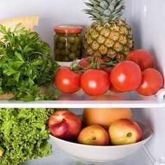 13 Tricks and Tips For Keeping Produce Fresh Longer  1. avocados, bananas, cantaloupes, kiwis, mangoes, nectarines, pears, plums, and tomatoes, should be stored in a different place than your apples, broccoli, carrots, leafy greens, and watermelon.  2. potatoes, onions, and tomatoes in a cool, dry place, but not in the fridge. The cold will ruin their flavor  3. Store unripe fruits and veggies like pears, peaches, plums, kiwis, mangoes, apricots, avocados, melons, and bananas on the counter.