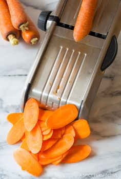 Must-Make 5-Ingredient Healthy Baked Carrot Chips Recipe