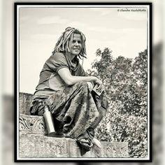 #blackandwhite #bw #black #white #bnw #mono #nb #igersbnw #bw_lover #monochrome #bwoftheday #bwstyles_portrait #noir #noiretblanc #ic_bw #monoart #portrait #ic_bwportraits #bnw_life #bnw_captures #blackandwhiteportrait #instagood #instafashion #tourist by chandrakuchibhotla