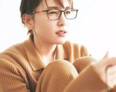 Saeran Choi, Yui, Asian Beauty, Cool Girl, Eyewear, Kawaii, Actresses, Glasses, Portrait